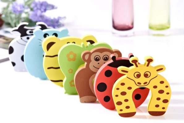 5pcs-lot-door-stops-stopper-for-the-baby-protector-safty-security-child-kids-safety-children-products-1.jpg