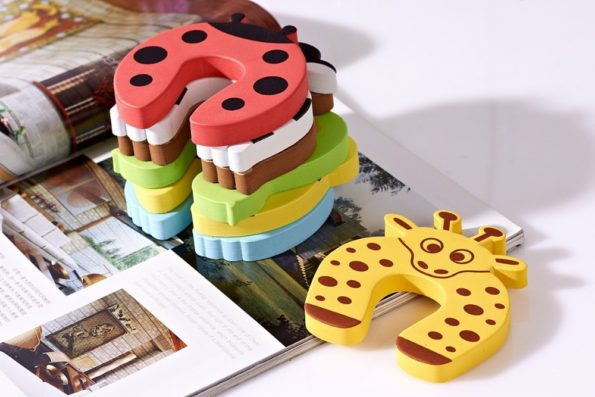 5pcs-lot-door-stops-stopper-for-the-baby-protector-safty-security-child-kids-safety-children-products-3.jpg